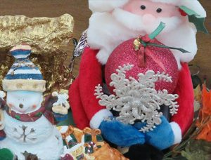 Inexpensive Holiday Decorations